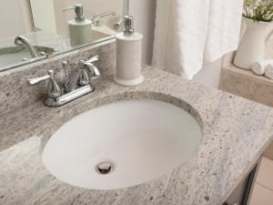 BP_HBUSE-111_Bathroom-After15_s4x3_jpg_rend_hgtvcom_1280_960