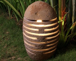 RIVER STONE OUTDOOR LAMP