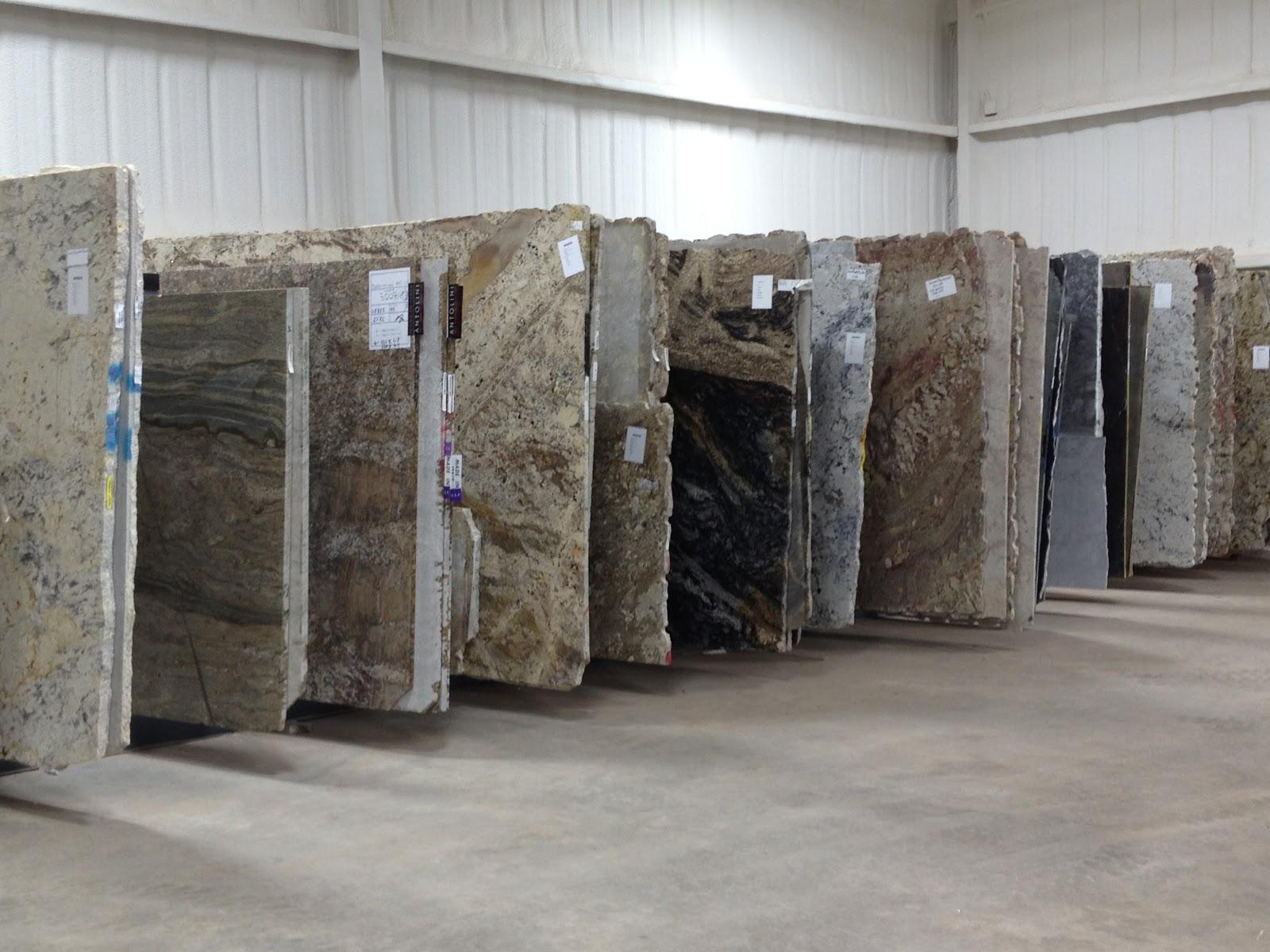 Didelis granito plokščių pasirinkimas